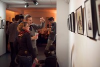 http://linoleum-club.de/files/gimgs/th-23_Vernissage Linoleum-Club Superhelden 170112_014.jpg